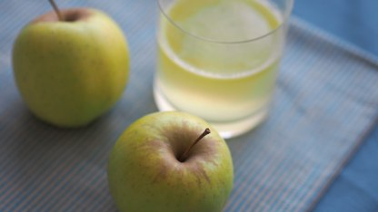 Apple, celery & ginger juice